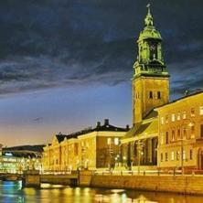 أفـضـل أربعة مـناسـبات لايـفوتها الطلاب عند الـدراسة فى الـسويد